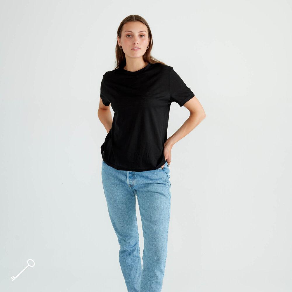 T-paita Loose Fit, black, hi-res